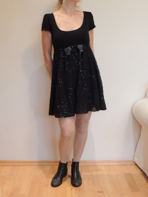 super sukienka mała czarna 36