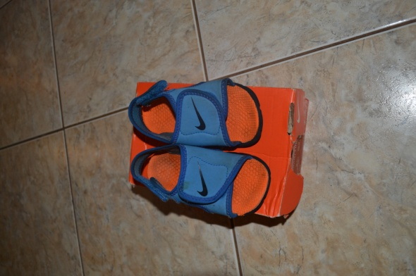 Obuwie Nike sandałki 14 i 5 cm wkł