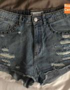 Wyprzedaż jeansowe przecierane spodenki terranova...
