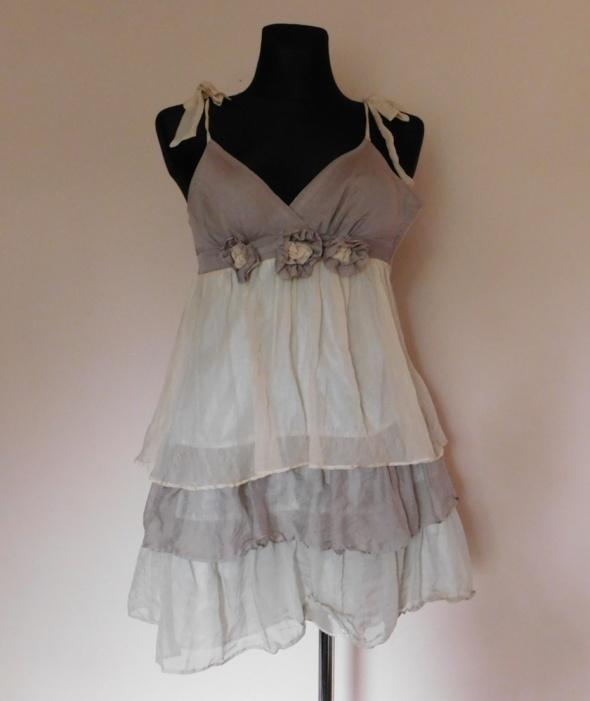 Lipsy sukienka mini nude jedwab 34 36