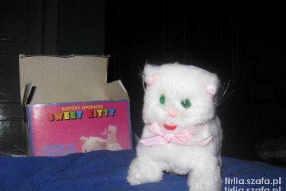 zabawka kotek miauczący i tańczący