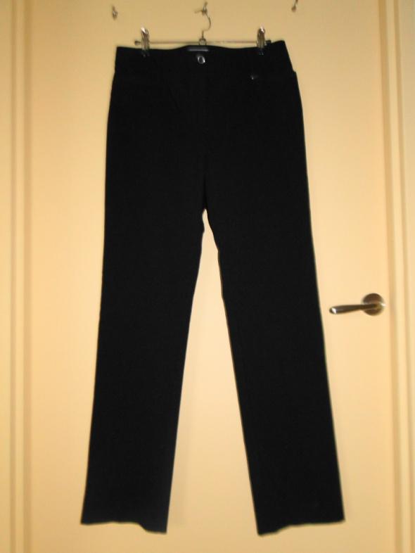 NOWE C&A czarne spodnie 40 proste nogawki dobry materiał
