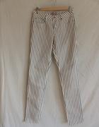 Oryginalne jeansy w paski rozmiar S...