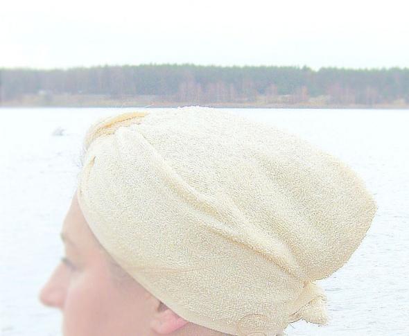 Kremowy turban po kąpieli turban pastelowy
