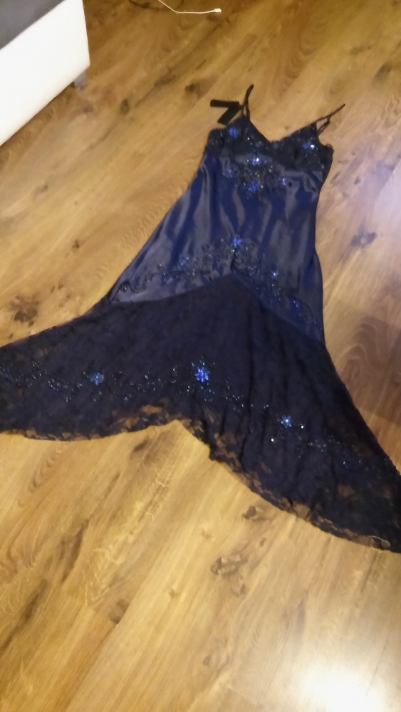 Granatowa długa suknia asymetryczna 34 36