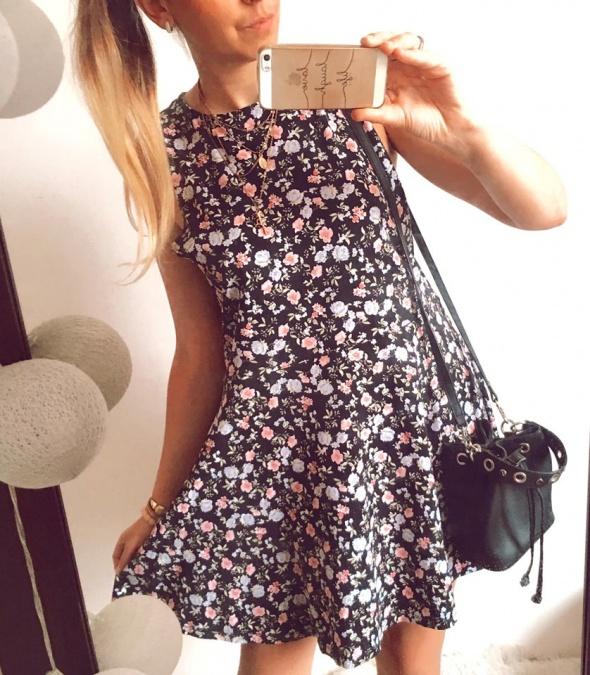 Sukienka Damska w kwiaty XL