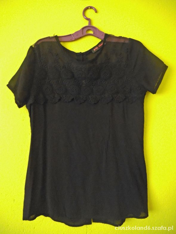 czarna nieużywana guziki na plecach hafty S
