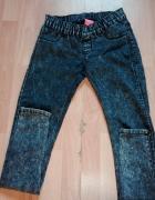Marmurkowe czarne jeansy 36S...