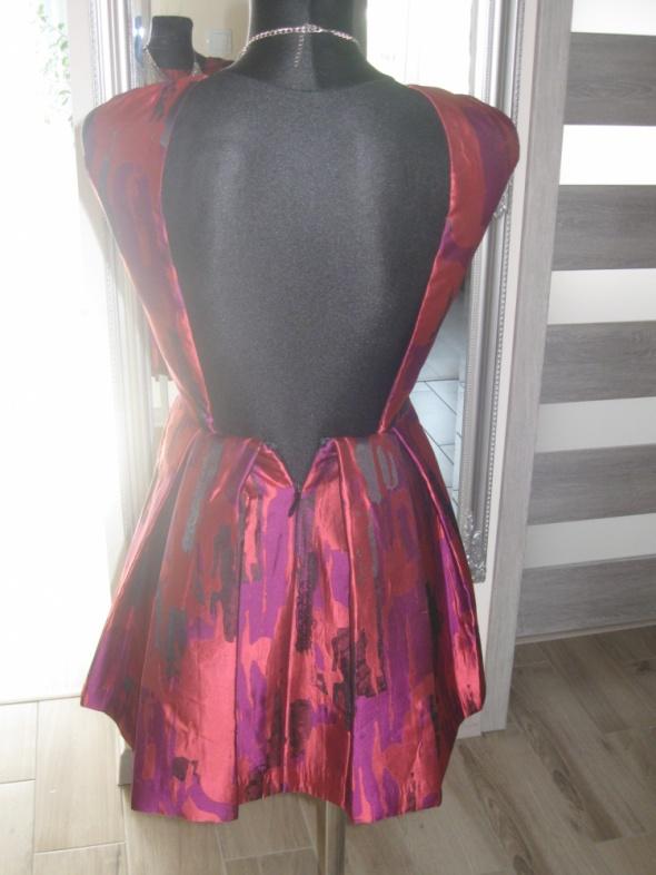sukienka aqaq 34 rozkloszowana gołę plecy