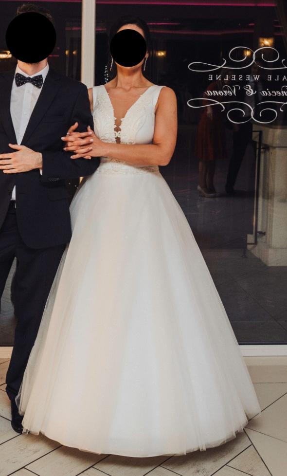Sukienka ślubna dla krągłej kobiety...