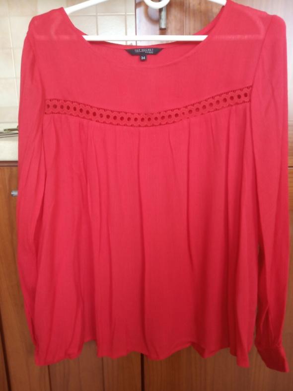 Czerwona bluzka top secret...