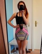 Kolorowa modna blogerska spódniczka tuba Cropp XS
