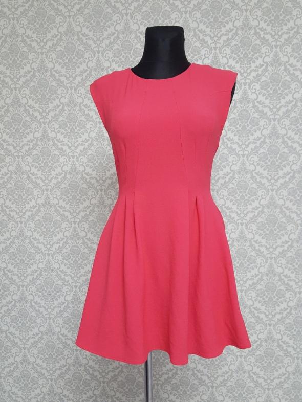 rózowa sukienka Topshop
