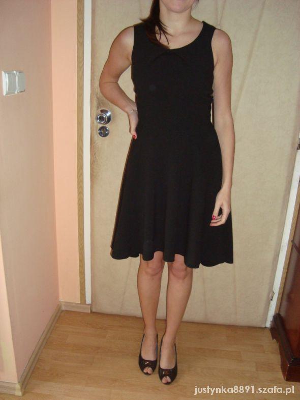 Sukienka wieczorowa mała czarna Sylwester 2013