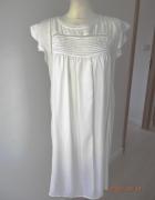 Sukienka Biała Trapezowa Zdobiona Ażurem Boho Midi M...