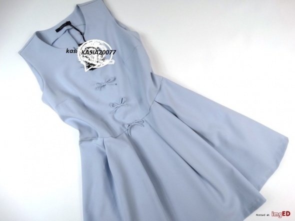 Śliczna sukienka Mohito