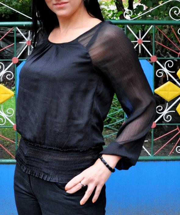 czarna bluzka Vero Moda...