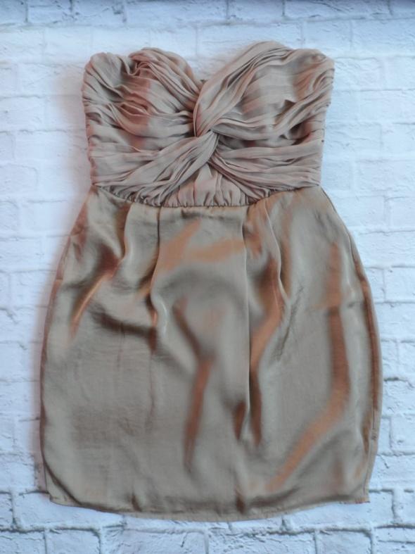 Sukienka Beżowa Reserved