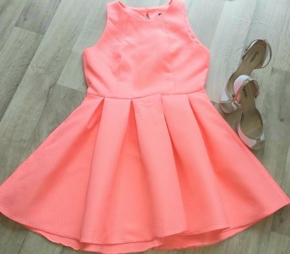 Sukienka EMO