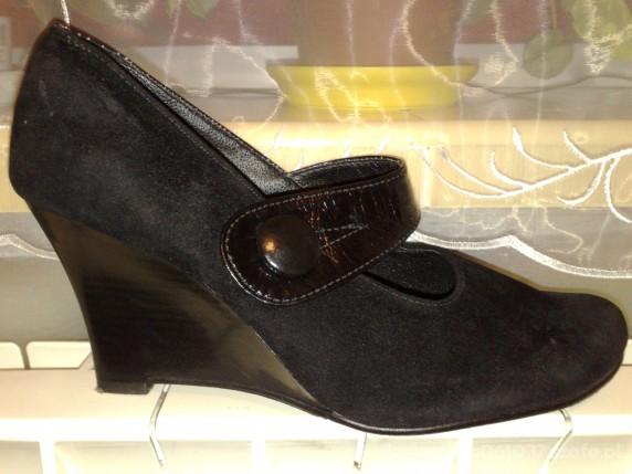 Koturny buty czarne zamsz