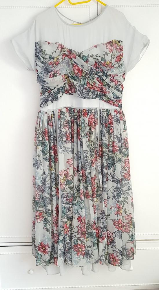 473dc9e21a5fca Rozkloszowana sukienka w kwiaty ASOS 46 XXXL 3XL szyfon zwiewna lekka wesele