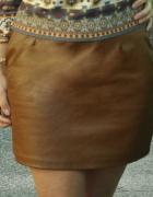 karmelowa spódnica ze skóry...