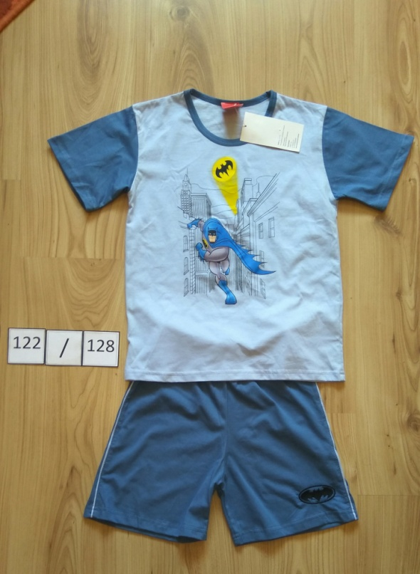 Piżamki Nowa chłopięca piżama krótkim rękawem koszulka spodenki Batman 122 128