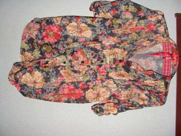 koszula w kwiaty M
