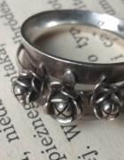 Stary srebrny pierścionek Juvelia Warmet róże...