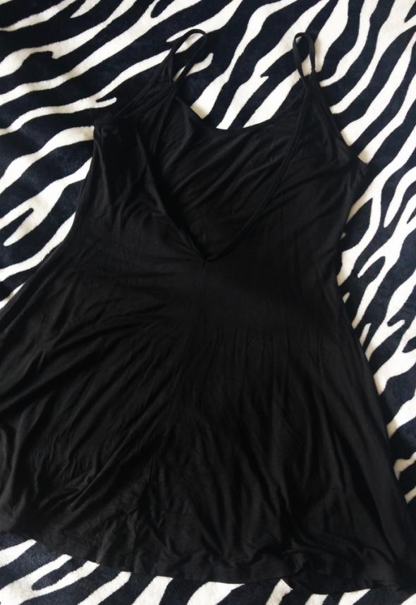 Sukienka plażowa bez pleców M