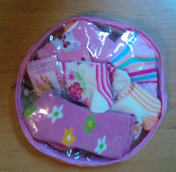 Rajstopy i skarpetki Zestaw pięciu par skarpetek dla dziewczynki