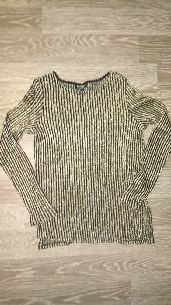 Sweterek czarno złoty XS