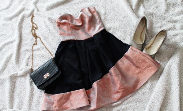 Koktajlowa rozkloszowana sukienka ASOS 36