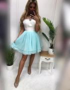 Rozkloszowana sukienka pretty woman...