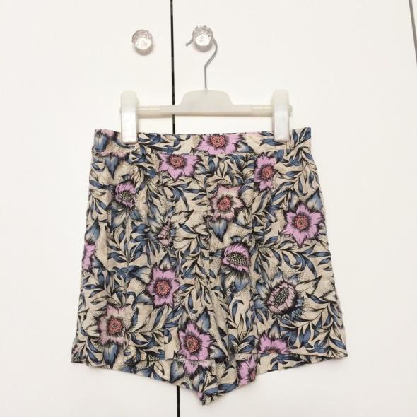 Spodenki H&M szorty materiałowe kwiaty summer 36