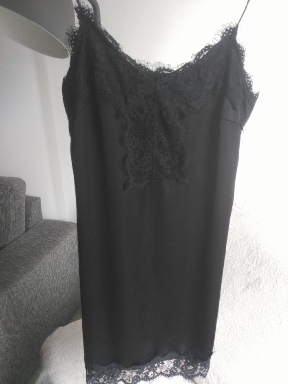 Suknie i sukienki Mała czarna bieliźniana sukienka