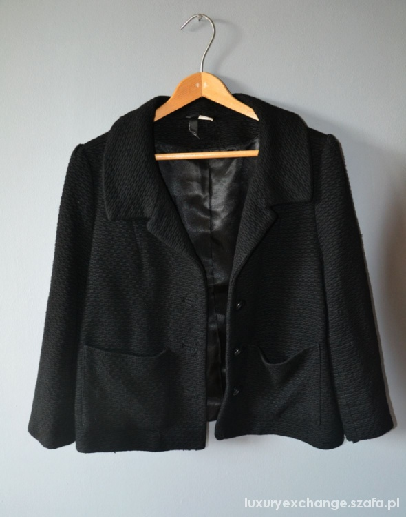 Czarny żakiet H&M...