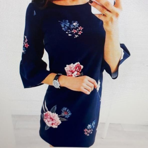 sukienka VUBU w kwiaty