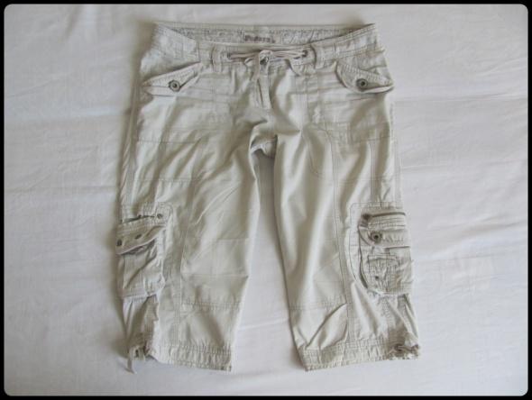 Papaya spodnie do kolan bojówki szorty kieszenie 42 XL