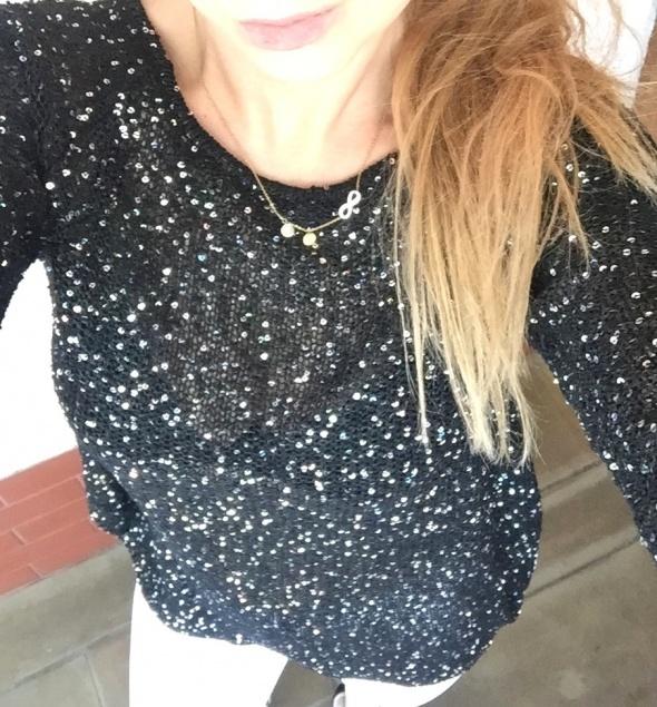 cekinowy czarny sweterek ozdobny