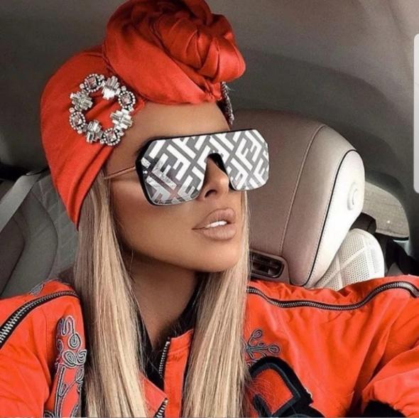 Okulary przeciwsłoneczne pilotki al FENDI glamour