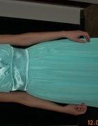 Zwiewna turkusowa sukienka