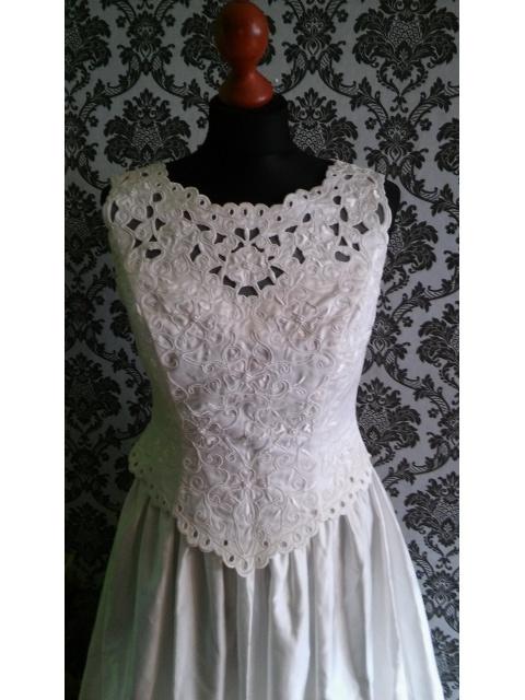 Suknia Ślubna ecrii TREN 36