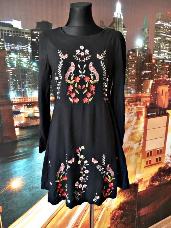 new look sukienka modny haft kwiaty ptaki folklor hit 38 M