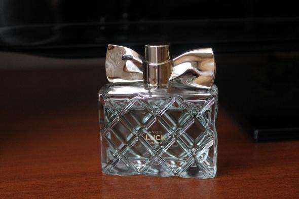 Woda perfumowana Avon Luck Limitless dla Niej...