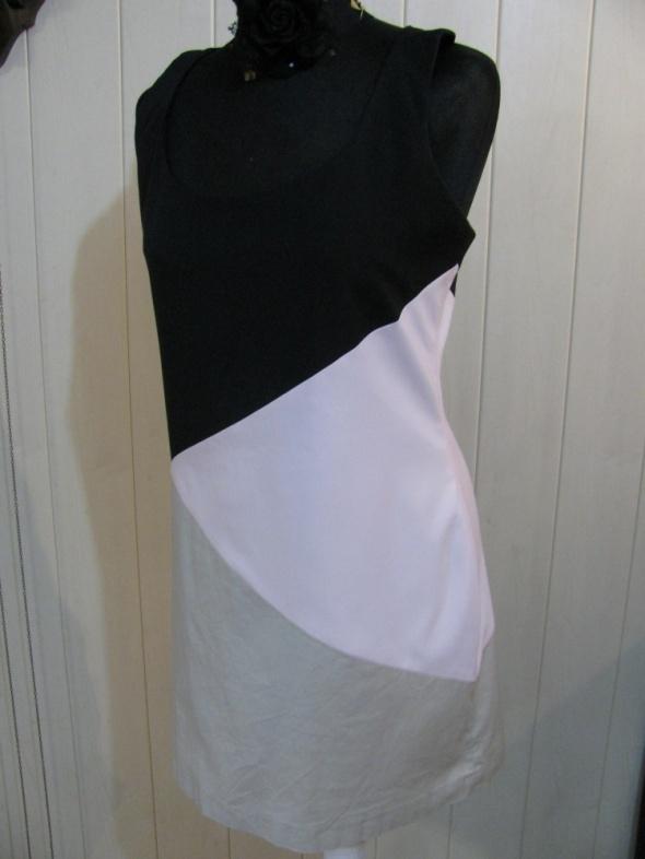 Suknie i sukienki RIVER ISLAND CZARNA SUKIENKA WYSZCZUPLA 38 40 JAK NOWA