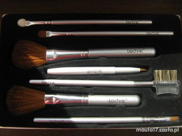 Technic brush set zestaw pędzli do makijażu