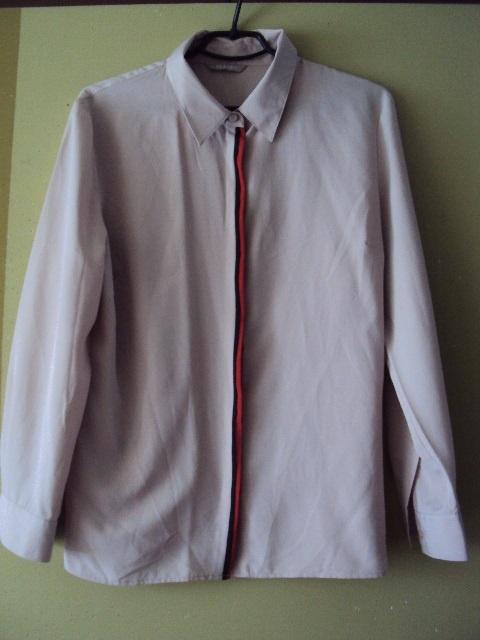beżowa koszula z lamówką...