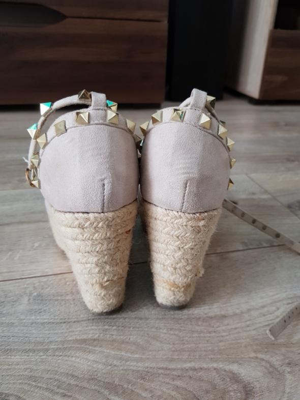 Sandały Sandały na koturnie