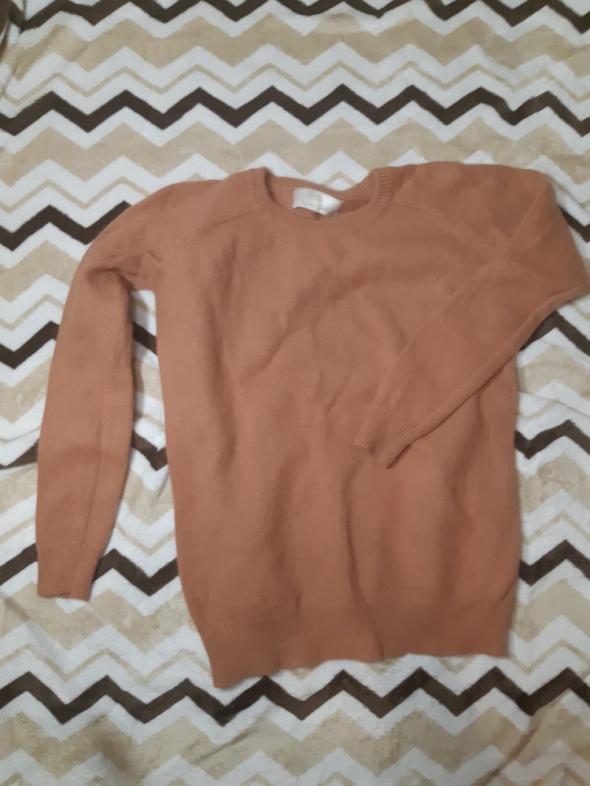 Sweterek z angory i wełny